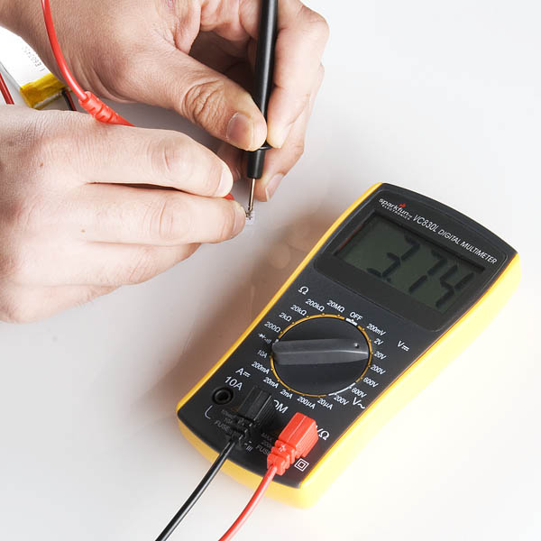 Multimeter reading voltage